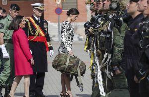 Letizia d'Espagne : Glamour toujours en mission chez les parachutistes