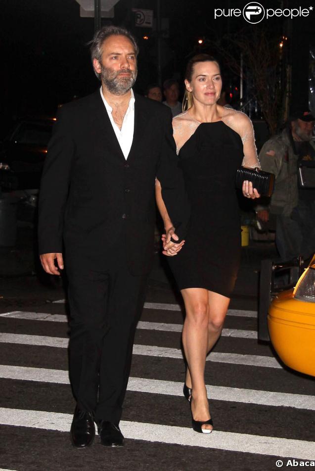 Sam Mendes et Kate Winslet quittant le restaurant The Spotted Pig à New York le 1er juin 2009
