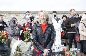 Claude François : Sa fille Julie, émue, accueillie par les fans à Dannemois
