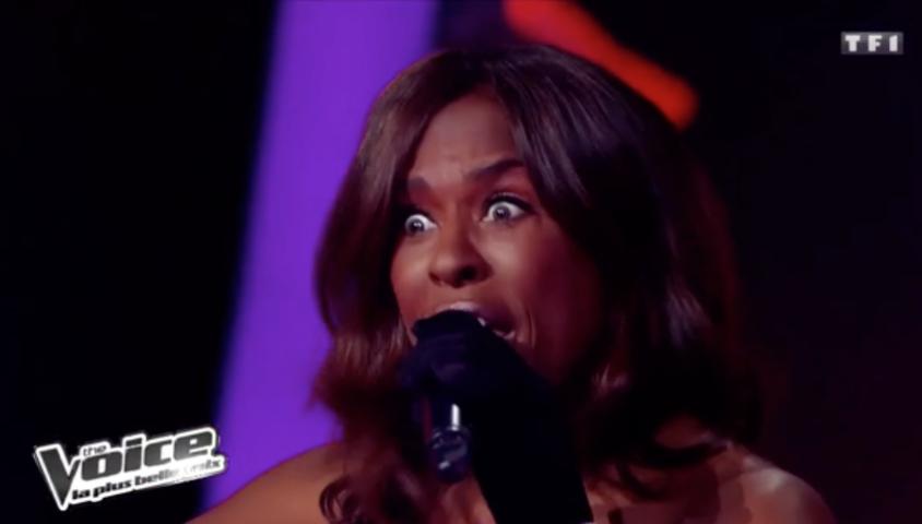 """Jessica Plésel dans """"The Voice 1"""" sur TF1, lors des battles."""