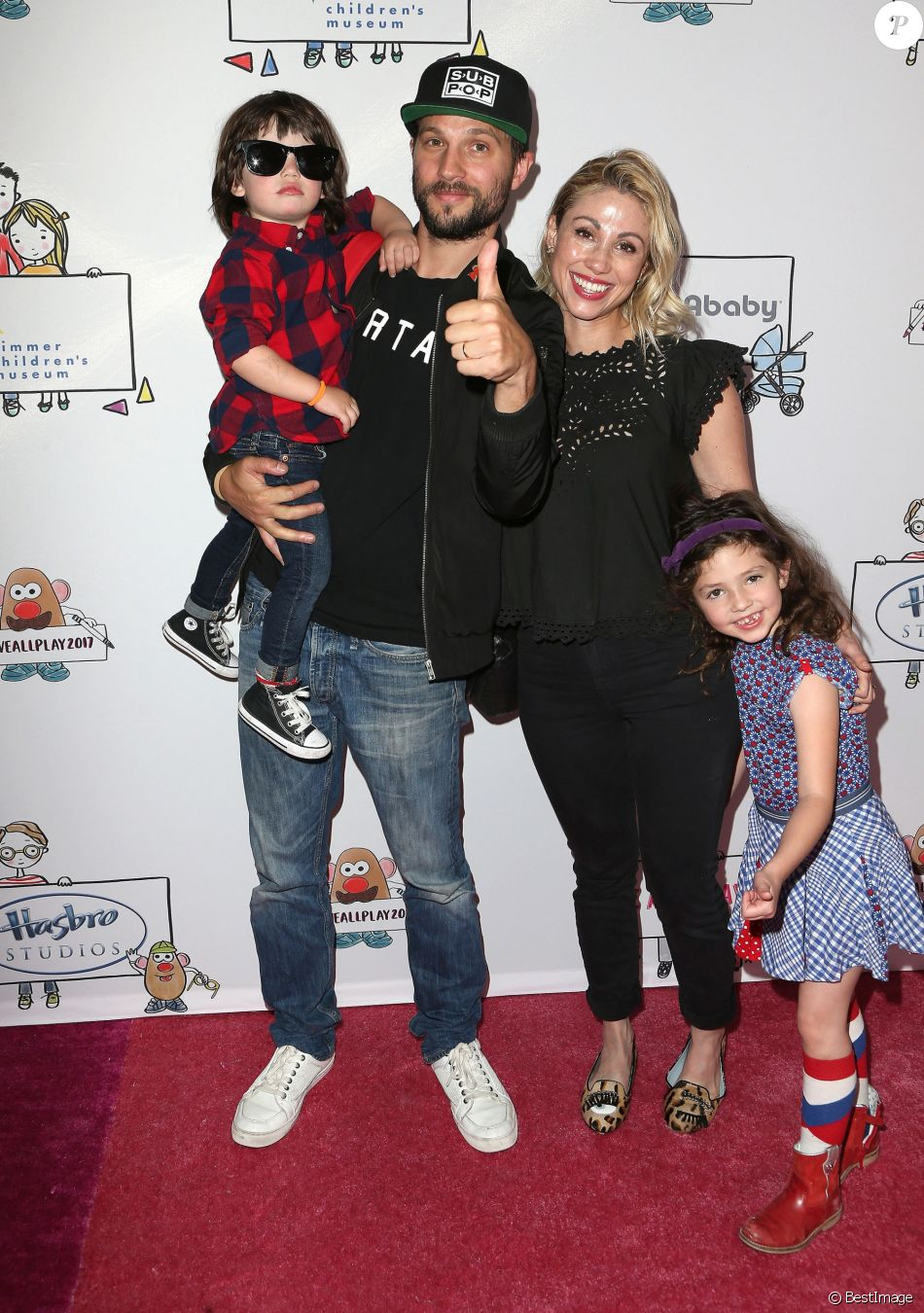 Logan Marshall-Green, sa femme Diane Marshall-Green et leurs enfants Tennessee et Culla Mae à Los Angeles, le 30 avril 2017 © AdMedia via Zuma/Bestimage