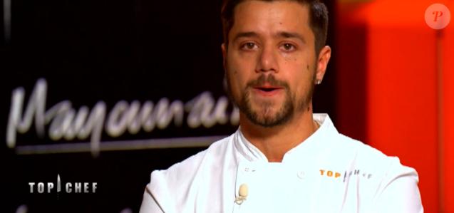 """Florian en larmes lors de son élimination de """"Top Chef 10"""", mercredi 24 avril 2019 sur M6."""