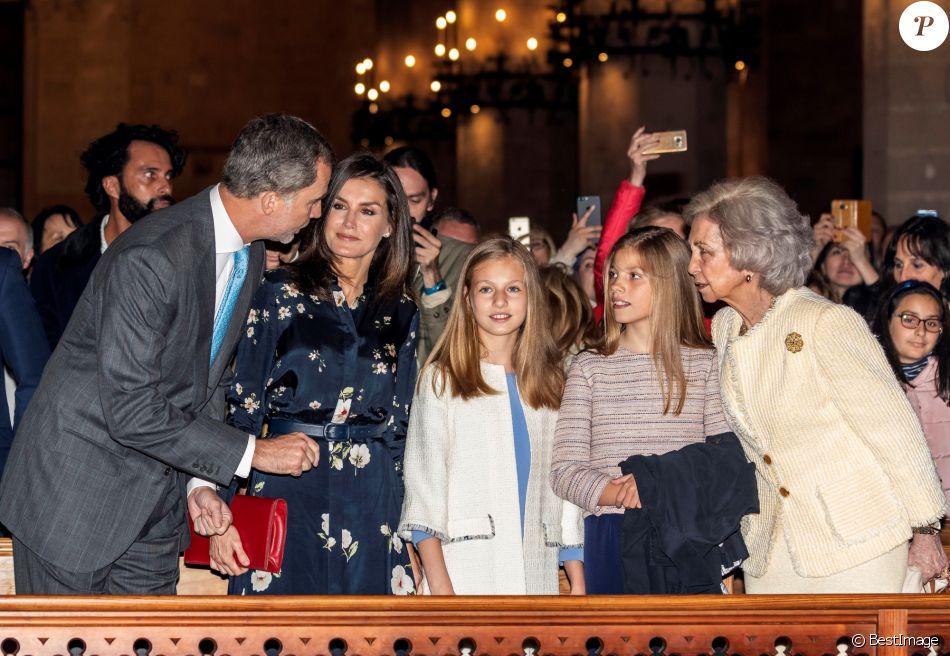 Misa de Pascua 2019 - Página 2 4737971-le-roi-felipe-vi-d-espagne-la-reine-let-950x0-1