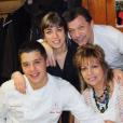 "Florian, candidat de ""Top Chef 2019"", ses parents et sa soeur."