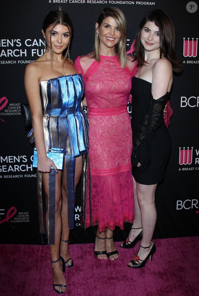 Lori Loughlin avec ses filles Olivia Jade Giannulli et Isabella Rose Giannulli à Beverly Hills, le 28 février 2019.