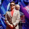 Robert Downey Jr. - Toute l'équipe de Marvel Studios Avengers: Endgame laissent leurs empreintes sur le ciment lors d'une cérémonie au Chinese Theatre à Hollywood, Los Angeles, le 23 avril 2019.