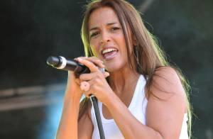 Nâdiya : la ravissante chanteuse a donné un concert enflammé devant un public conquis !