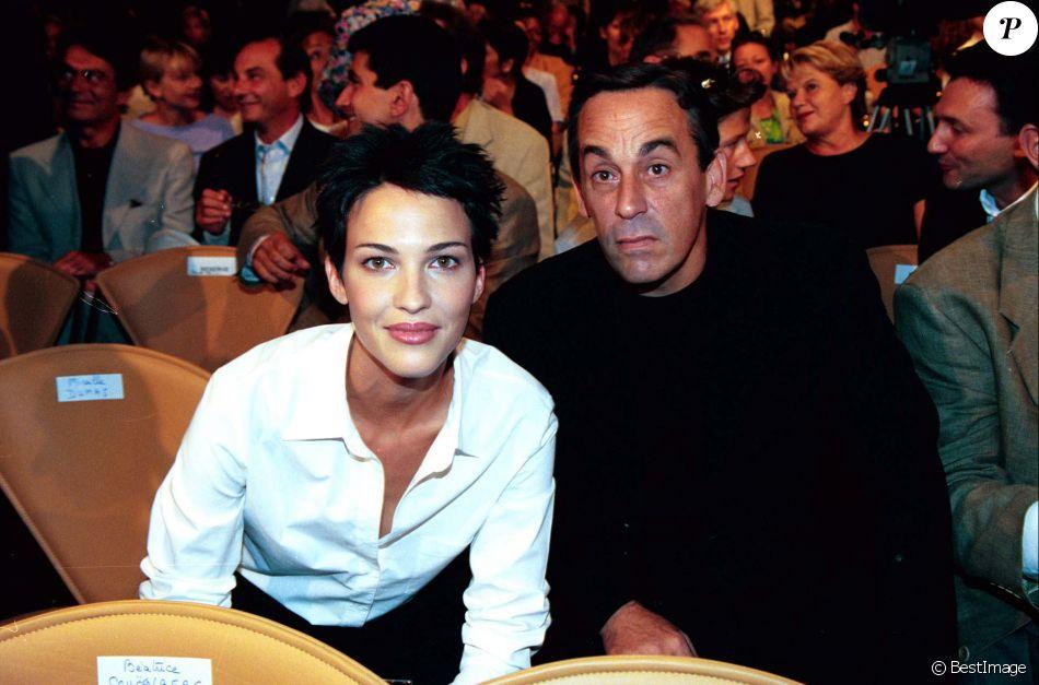 Linda Hardy et Thierry Ardisson - Rentrée de France 2 et France 3 à l'Espace Gabriel à Paris, le 31 août 1999.