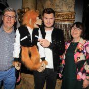 Jeff Panacloc inaugure son double de cire avec ses parents et les VIP