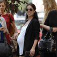 Ana Ortiz, enceinte, déjeune avec ses amies à New York. 15/06/09