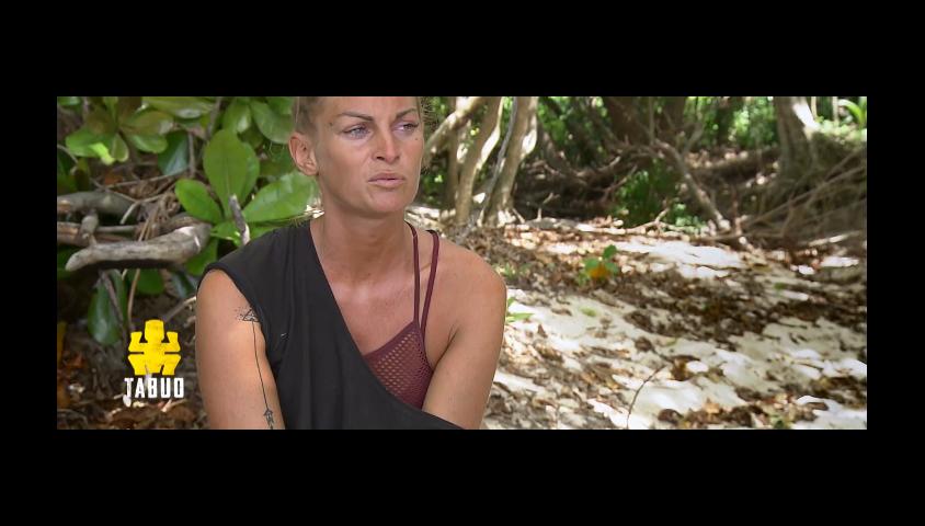 """Sophie dans """"Koh-Lanta, la guerre des chefs"""" (TF1) le 19 avril 2019."""