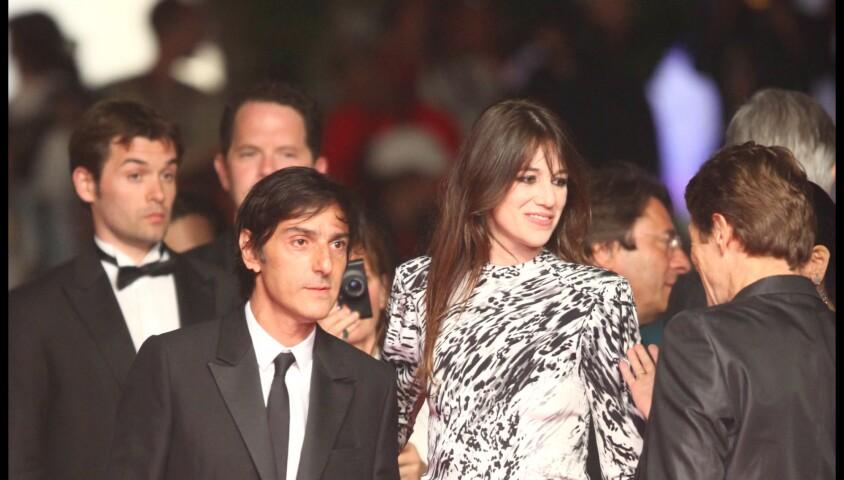 Yvan Attal et Charlotte Gainsbourg - Montée des marches du film Antichrist à Cannes en 2009