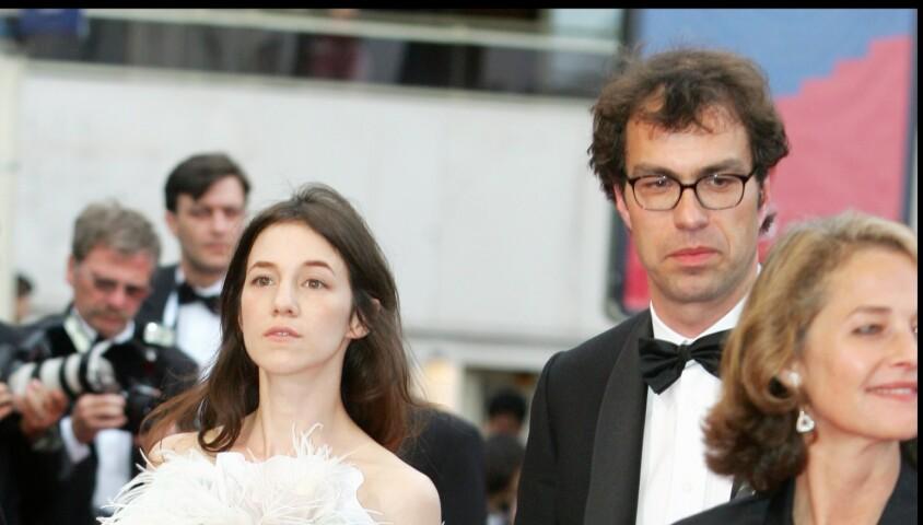 Charlotte Gainsbourg - Montée des marches du film Lemming au Festival de Cannes 2005