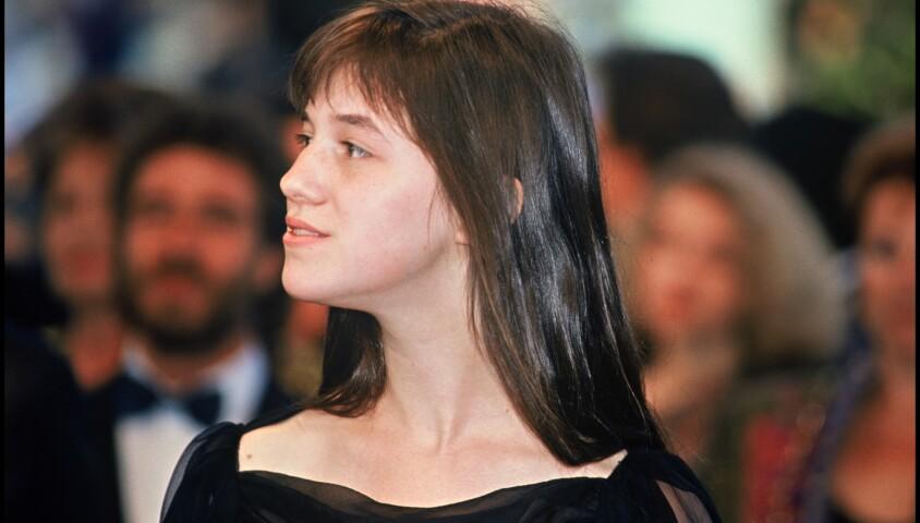 Charlotte Gainsbourg au Festival de Cannes pour la présentation du film Le Soleil même la nuit en 1990