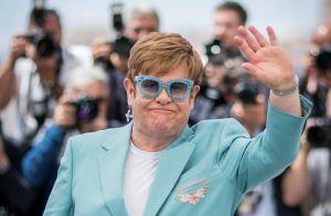 Elton John aussi excentrique que chic à Cannes : La star fait déjà le show