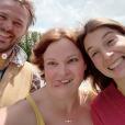 """Aude, candidate de """"L'amour est dans le pré 2018"""" retrouve Samuel et Johanna. Mai 2019."""