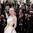 "Dakota Fanning - Montée des marches du film ""Once upon a time... in Hollywood"" lors du 72ème Festival International du Film de Cannes. Le 21 mai 2019 © Jacovides-Moreau / Bestimage"