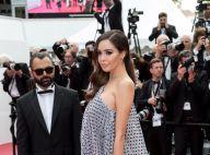 Nabilla cache son baby bump pour une montée des marches solo à Cannes