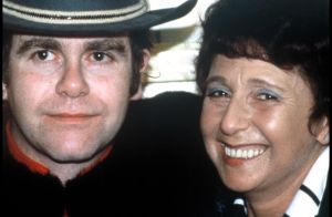 Elton John et sa mère Sheila :