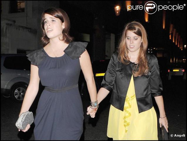 Les princesses Eugenie et Beatrice à Londres. 18/06/09