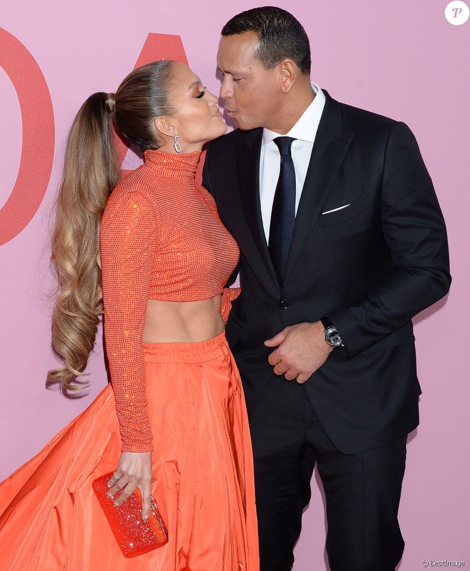 Jennifer Lopez et son fiancé Alex Rodriguez assistent aux CFDA Fashion Awards 2019 au Brooklyn Museum. Brooklyn, le 3 juin 2019.