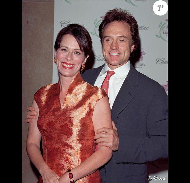 Jane Kaczmarek et Bradley Whitford en 2001
