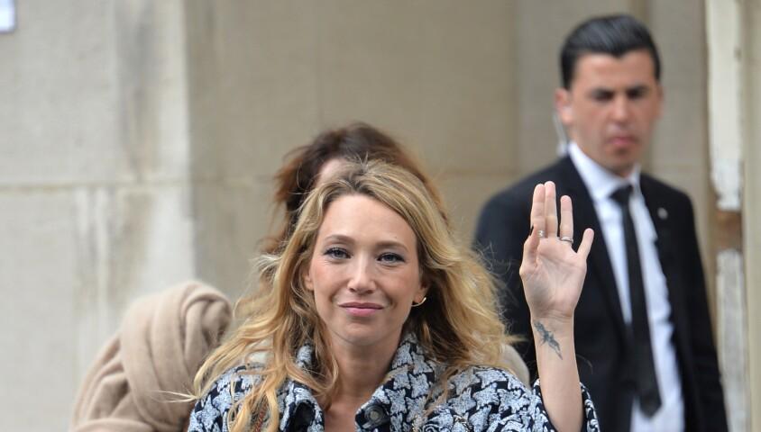 """Laura Smet - Les célébrités à la sortie du défilé """"Chanel Cruise Collection 2020"""" au Grand Palais. Paris, le 3 mai 2019. © CVS-Veeren/Bestimage"""