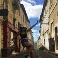 Jade Hallyday sur les traces de son papa dans la commune de Lectoure. Photo publiée sur Instagram le 18 juin 2019.