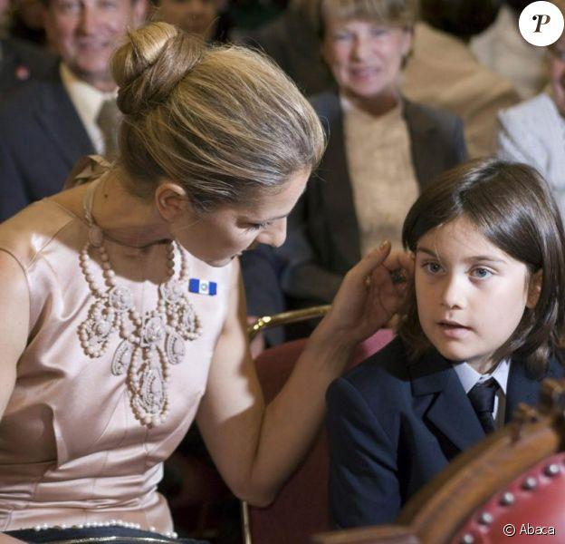 Céline Dion et René Charles assistent à la décoration de René Angelil dans l'Ordre national du Québec. 17/06/09