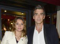 """Xavier de Moulins et sa femme Anaïs Bouton évoquent leur """"vie à la maison"""""""