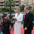 Le prince Albert II de Monaco et la princesse Charlene de Monaco arrivent à la soirée de clôture du 59ème Festival de Télévision de Monte Carlo au Grimaldi Forum à Monaco le 18 juin 2019. © Olivier Huitel/ Pool Organisation FTV/Bestimage