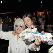 Mathilde Seigner et son amoureux à la grande soirée de Catherine Lara, ont fait une razzia... sur les bonbons !