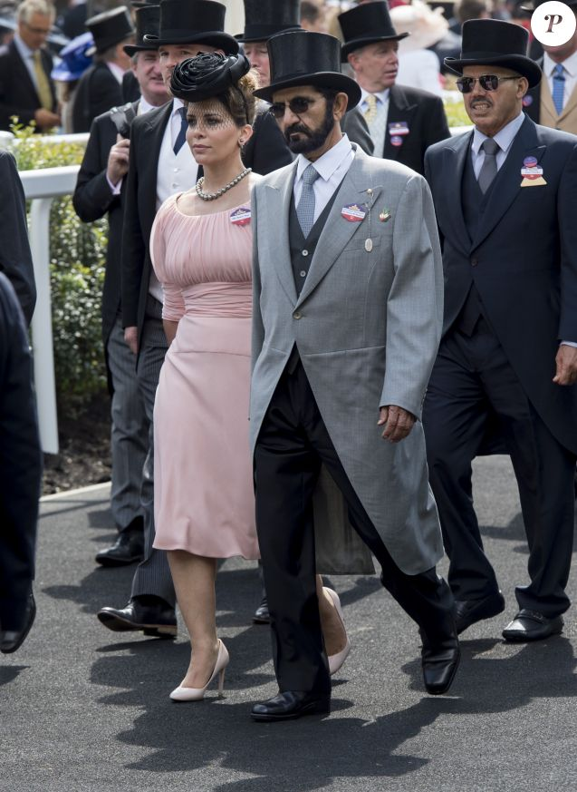 La princesse Haya Bint Al Hussein (Haya de Jordanie) et son mari le cheikh Mohammed bin Rashid Al Maktoum, émir de Dubaï, lors du Royal Ascot le 17 juin 2016.