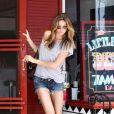 Gisele Bündchen à Los Feliz en Californie va faire du shopping chez La La Lings, la boutique pour enfants le 27 juin 2009