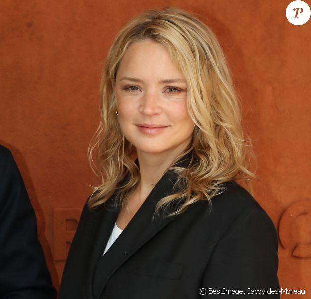 Virginie Efira - Célébrités dans le village des internationaux de France de tennis de Roland Garros à Paris, France, le 7 juin 2019. ©Jacovides-Moreau