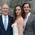 Les mariés entourés de Jenna Bush et Henry Hager, Laura et George W. Bush et les petites Mila et Poppy - Mariage de Barbara avec Craig Coyne à Kennebunkport, dans le Maine, le 7 octobre 2018.