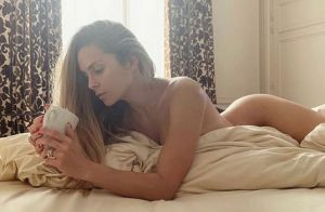 Clara Morgane : Topless sur la Côte d'Azur, ses photos de vacances torrides