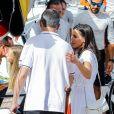 Le roi Felipe VI d'Espagne a reçu le tendre soutien de sa femme la reine Letizia et leurs filles Leonor et Sofia le 1er août 2019 pour son premier jour à la barre du voilier Aifos 500 lors de la 38e Copa del Rey à Palma de Majorque.