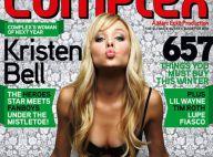 Kristen Bell, très décolletée et peu vêtue, vous souhaite une belle nuit avec un baiser enflammé...