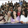 Toni Morrison (2e en partant de la gauche) avec Agnès Varda, Nandita Das, Salma Hayek et Emir Kusturica au sein du jury du 58e Festival de Cannes en 2005.