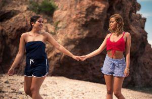 Zahia Dehar : Pause topless 'entre deux scènes' du film Une fille facile