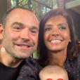 """Karine Le Marchand prend la pose avec Sébastien et Emilie de """"L'amour est dans le pré"""" saison 12. Les amoureux présentent leur bébé, une petite Giulia ! Une jolie photo de famille publiée le 5 juin 2019 sur Instagram."""