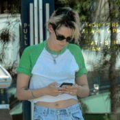 Kristen Stewart de nouveau en couple ? Tendres baisers avec une belle blonde...