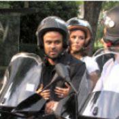 Eva Longoria et Tony Parker : des fous amoureux qui se baladent... en scooter dans Paris ! Regardez !