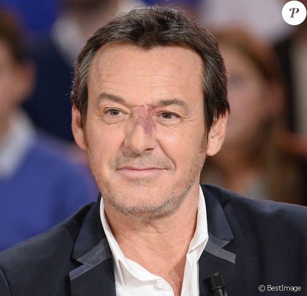 """Jean-Luc Reichmann - Enregistrement de l'émission """"Vivement Dimanche"""" à Paris le 28 octobre 2015. © Coadic Guirec / Bestimage"""