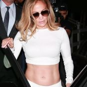 Jennifer Lopez : abdos en vue pour un dîner avec son fiancé, Alex Rodriguez