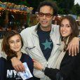 Anthony Delon avec ses filles Liv et Lou - Inauguration de la fête foraine des Tuileries a Paris Le 28 Juin 2013.