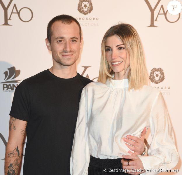 """Hugo Clément et sa compagne Alexandra Rosenfeld (Miss France 2006) - Avant-première du film """"Yao"""" au cinéma Le Grand Rex à Paris le 15 janvier 2019."""