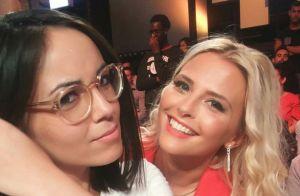 Agathe Auproux et Kelly Vedovelli : Baiser fougueux en pleine émission