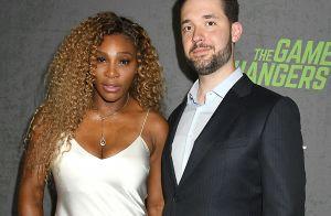 Serena Williams : Délicate robe en soie pour soutenir son mari